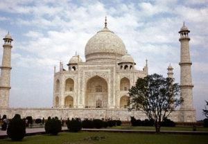 taj-mahal-tour-in-agra-packages-india