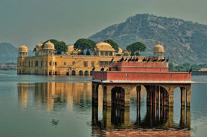 jaipur holiday trip with jal-mahal
