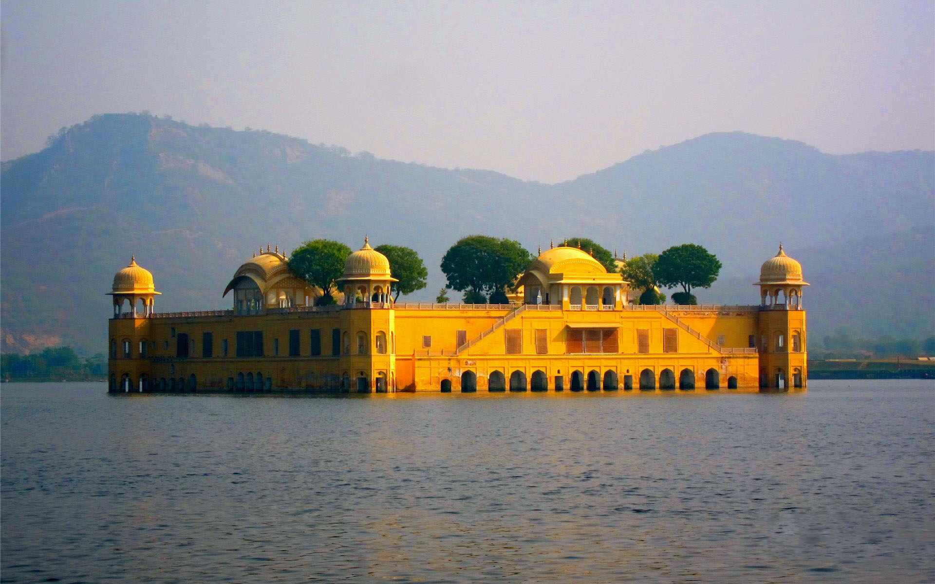 jalmahal in jaipur tour packages